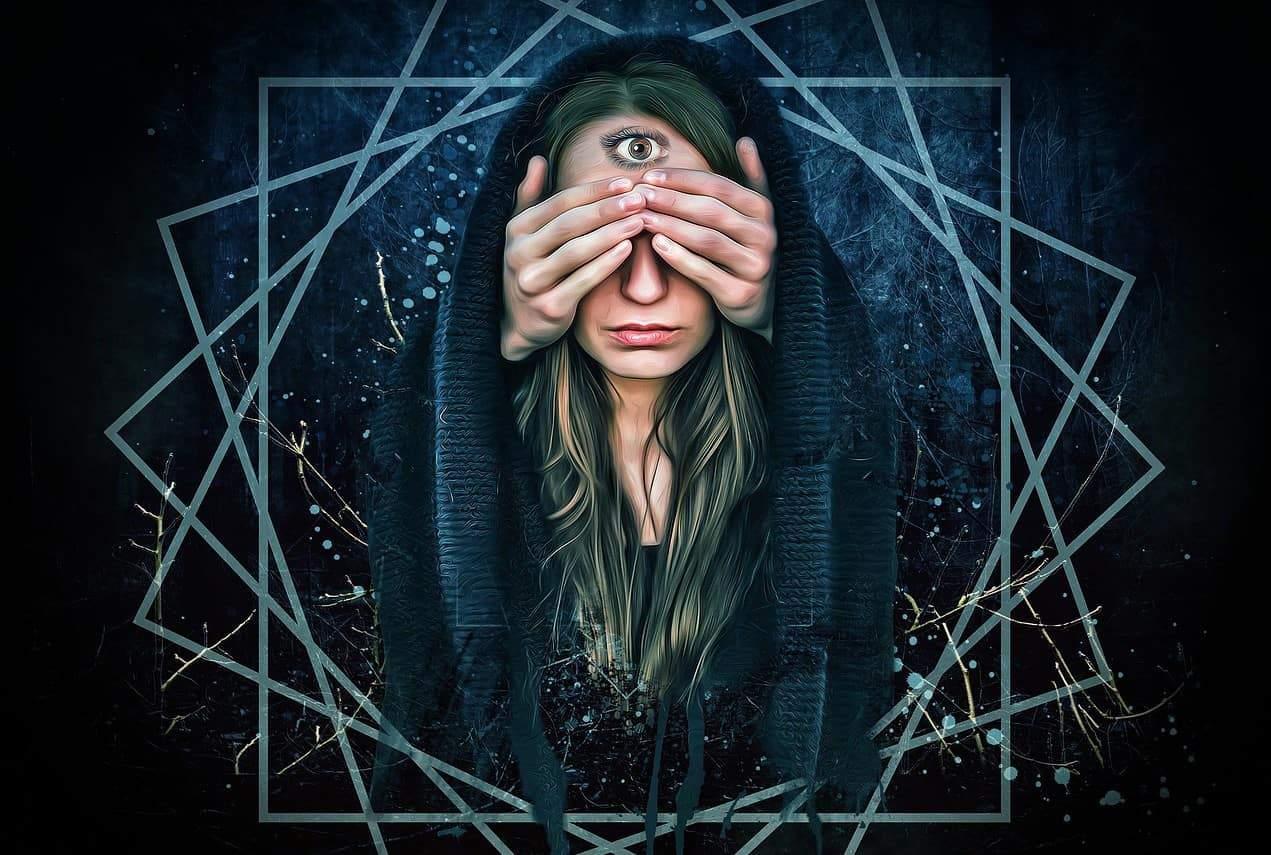 woman third eye hands