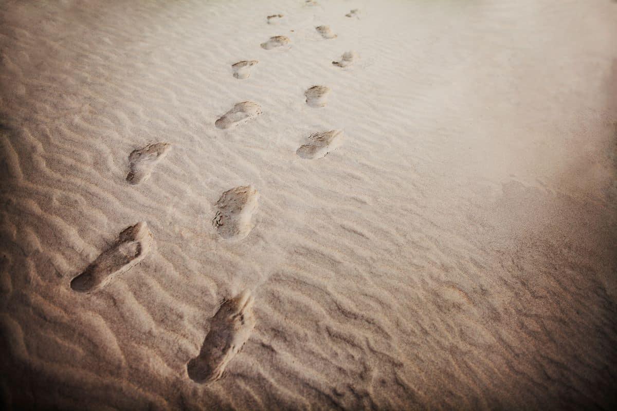 footprints sand