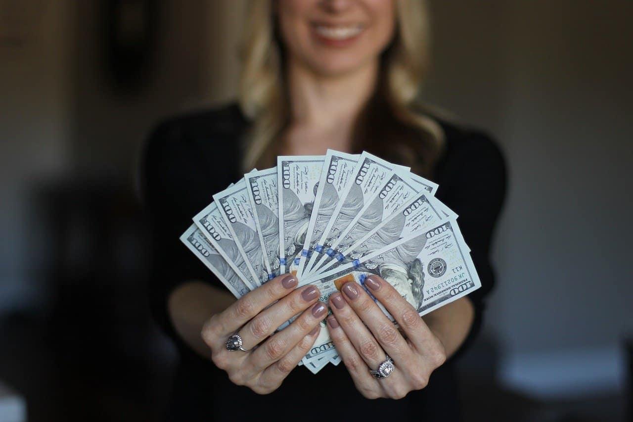 materialism woman money