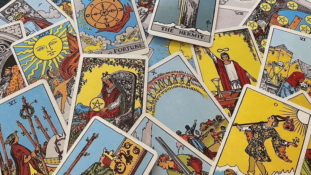 tarot cards imagery