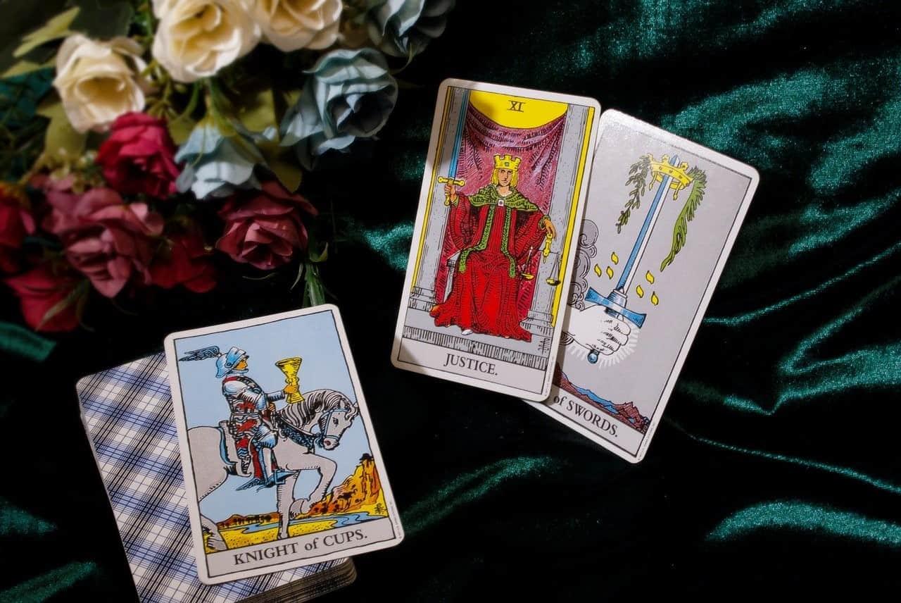 pairs of tarot cards