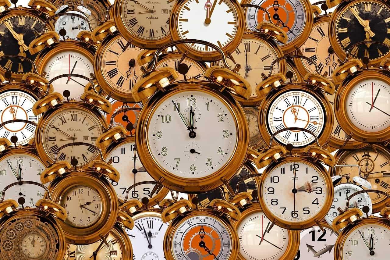 clocks variety