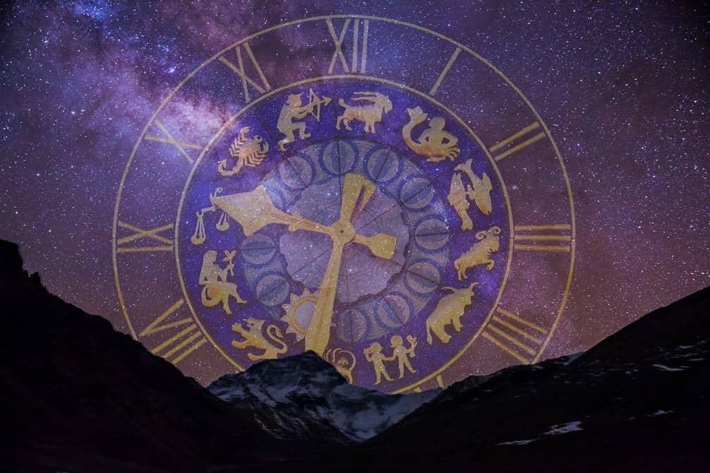 horoscopes clock universe