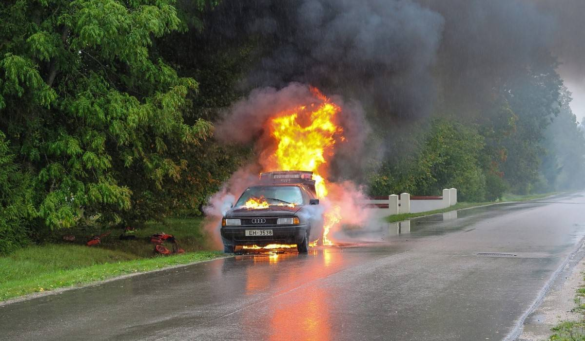 flames car